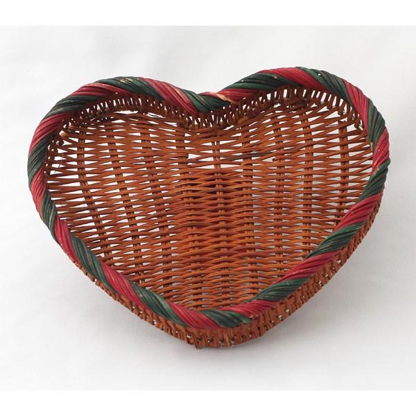 Panier en osier en forme de coeur - Coeur en osier ...